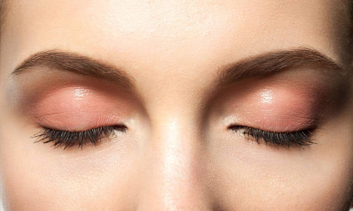 Monolids vs double eyelids guide.